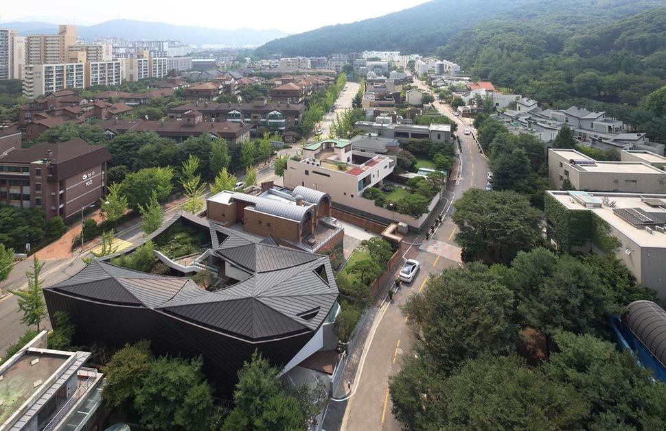 Cutout Roof Design