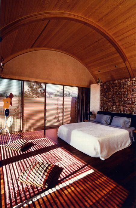 desert-dwelling-copper-clad-barrel-roof-17-master-bedroom.jpg