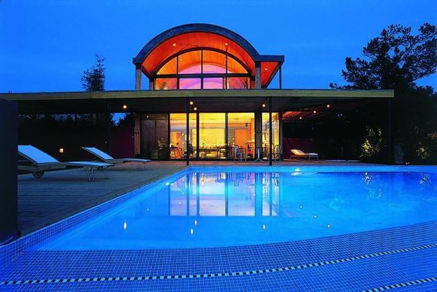 desert-dwelling-copper-clad-barrel-roof-26-pool.jpg