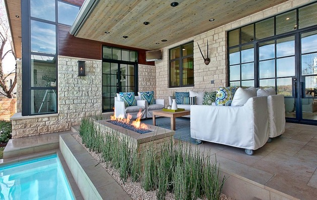 elegant-suburban-house-with-exposed-interior-wood-beams-3-patio.jpg