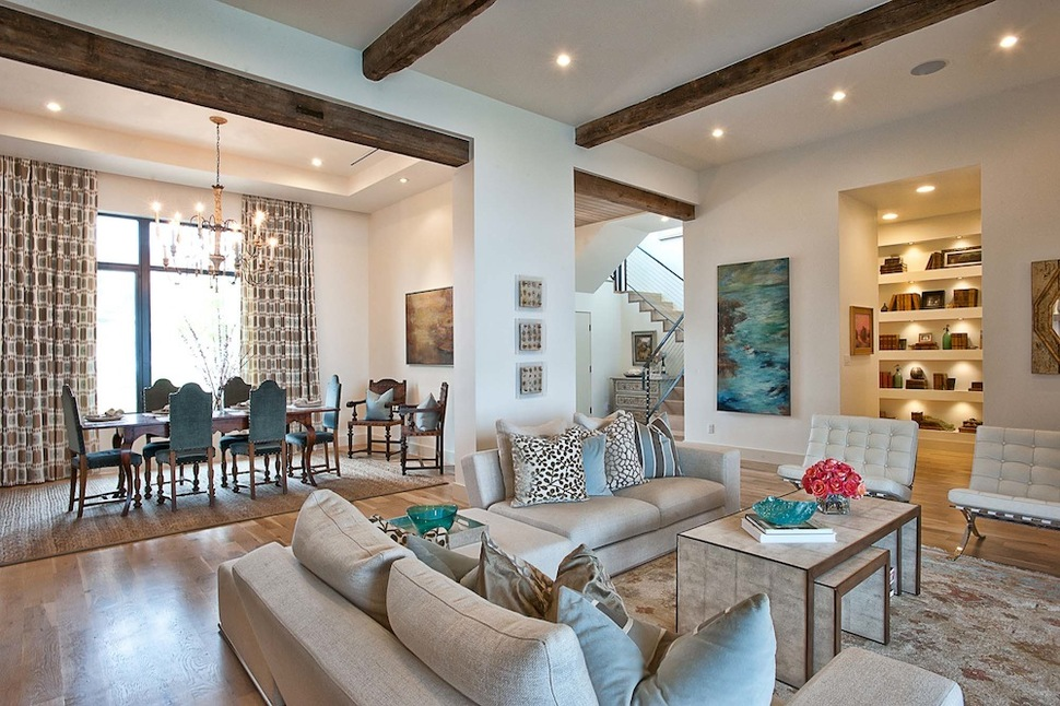 Exposed Interior Wood Beams