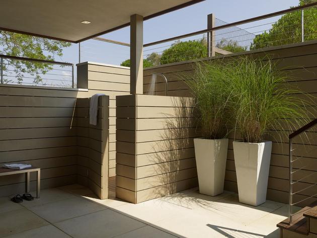 energy-star-residence-flanked-pool-pond-4-outdoor-shower.jpg