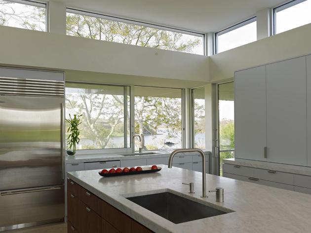 energy-star-residence-flanked-pool-pond-7-kitchen.jpg