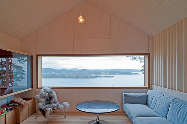 fjord-house-with-m-shaped-roof-and-rustic-style-13.jpg