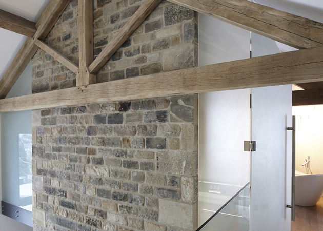 historic-barn-reinvented-modern-home-exposed-trusses-11-truss.jpg