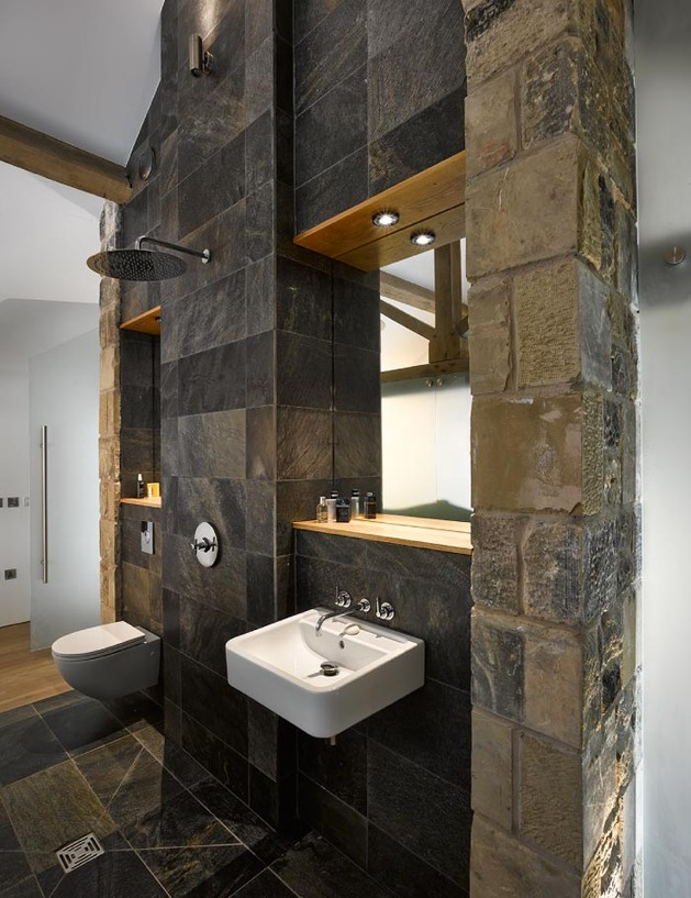 historic-barn-reinvented-modern-home-exposed-trusses-12-bath.jpg