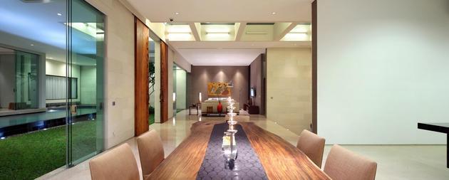 indonesian-zen-house-with-detailed-garden-filled-interior-11-towards-living-room.jpg