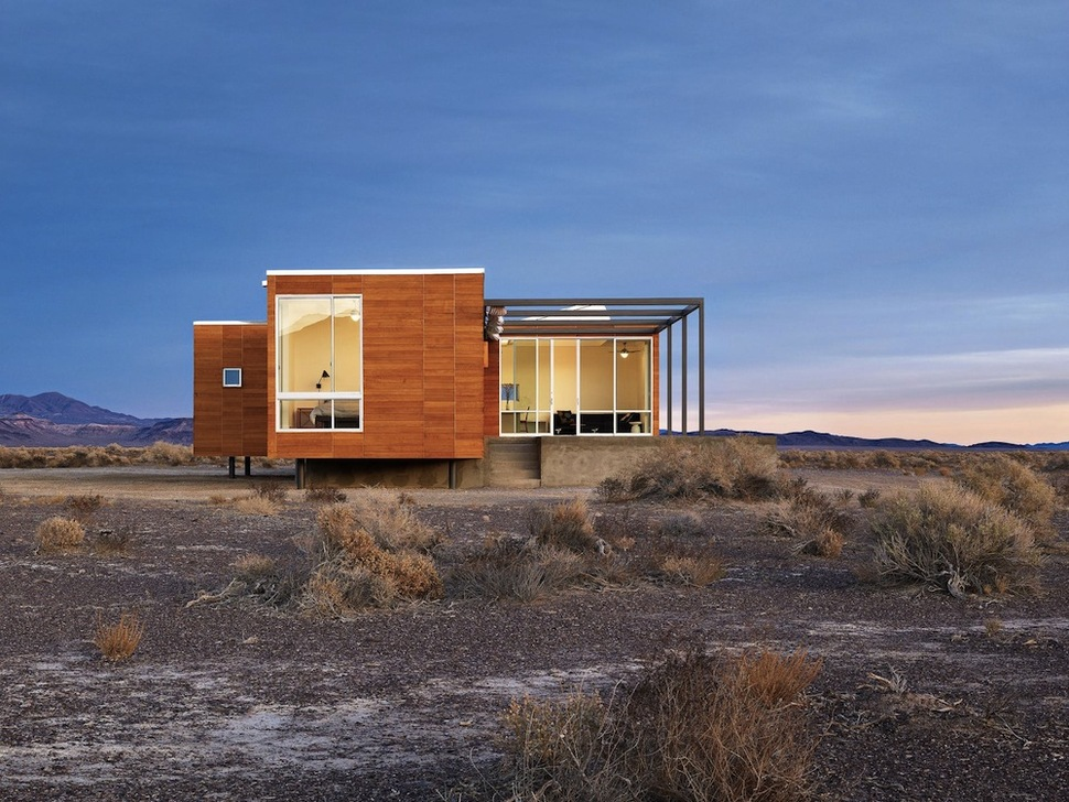 prefab desert getaway house with retractable covered deck. Black Bedroom Furniture Sets. Home Design Ideas