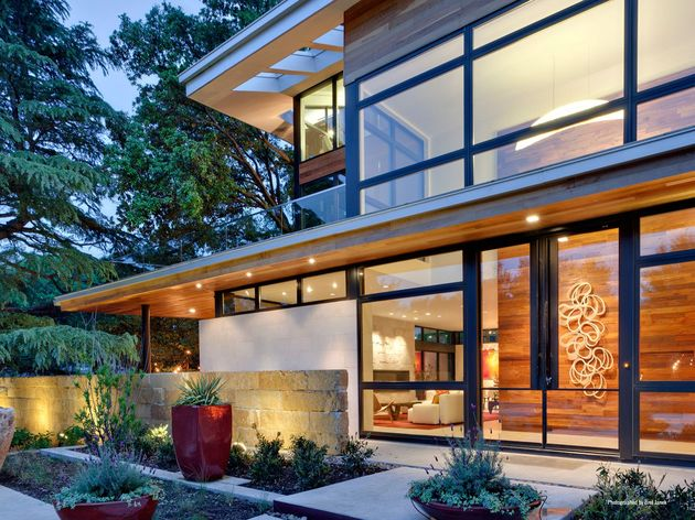 leed gold certified house bohemian style 2 entry thumb 630xauto 33180 LEED Gold Certified House with Bohemian Style