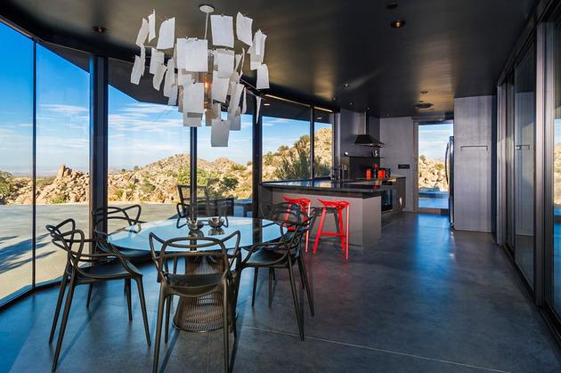 modern-desert-home-courtyard-pool-views-9-dining-kitchen.jpg