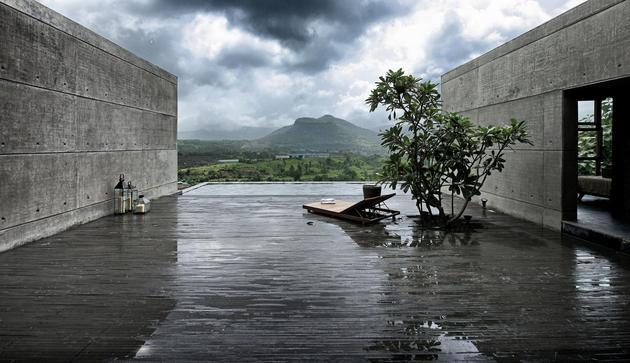 monsoon-proof-concrete-pavilion-house-11.jpg