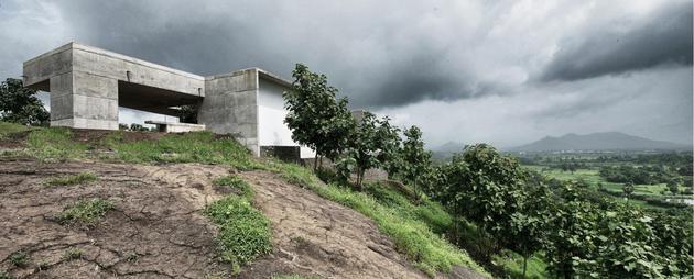 monsoon-proof-concrete-pavilion-house-3.jpg