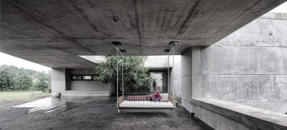 Home Design Ideas Architecture: Concrete Bunker Like House Is Monsoon-proof