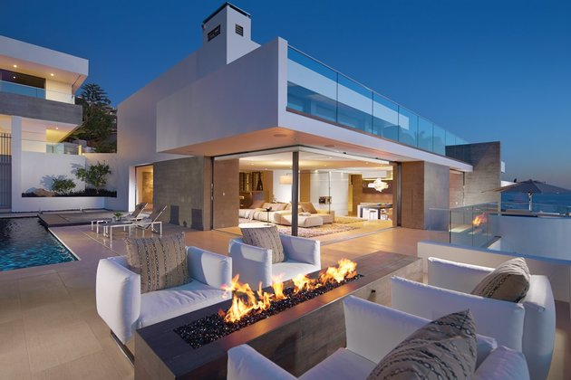 ocean home detached guest house 1 exterior thumb 630x420 31346 Ocean Home with Detached Guest House