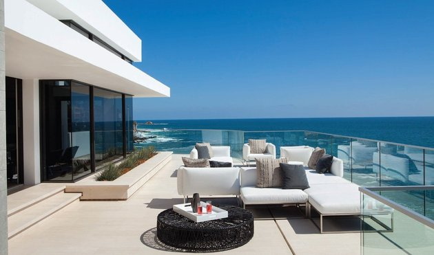 ocean-home-detached-guest-house-11-terrace.jpg