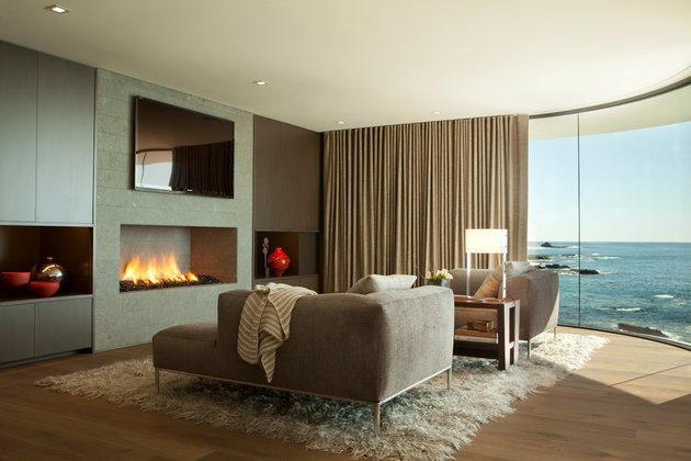 ocean-home-detached-guest-house-13-lower-lounge.jpg