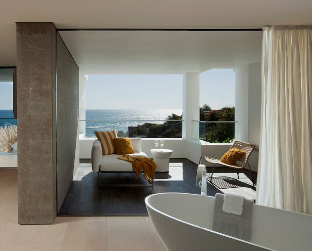 ocean-home-detached-guest-house-16-ensuite.jpg