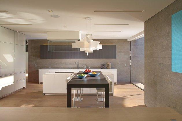 ocean-home-detached-guest-house-3- kitchen.jpg