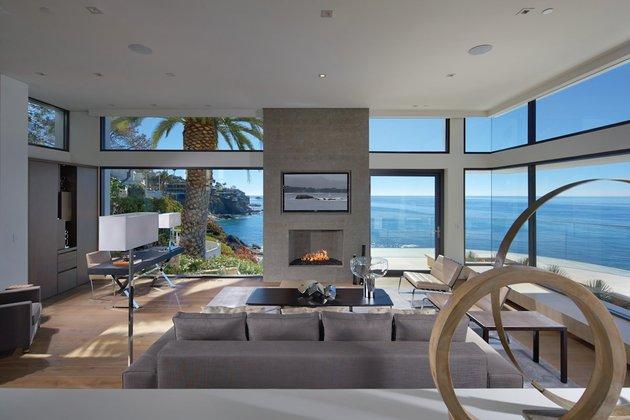 ocean-home-detached-guest-house-8-dining sculpture.jpg