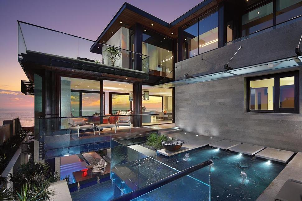 View in gallery overlapping pools ocean view define coastal home 6 Overlapping Pools u0026