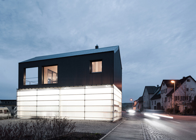 private-residence-above-translucent-shop-small-site-4-exterior.jpg