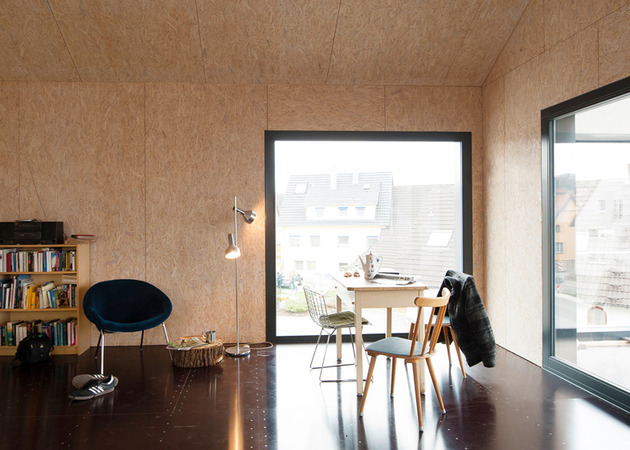 private-residence-above-translucent-shop-small-site-8-interior.jpg