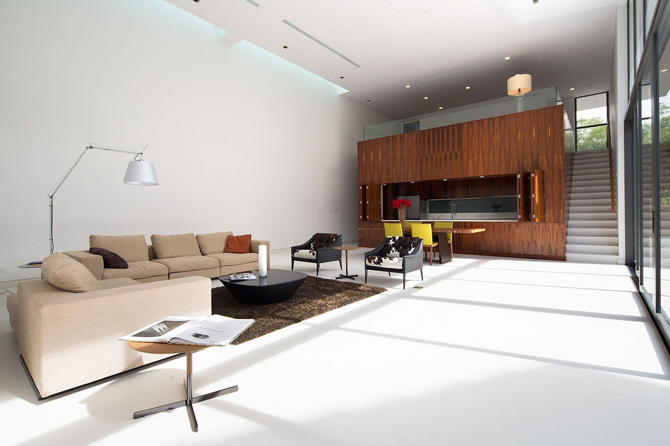 Simple but Sophisticated Contemporary Home Design