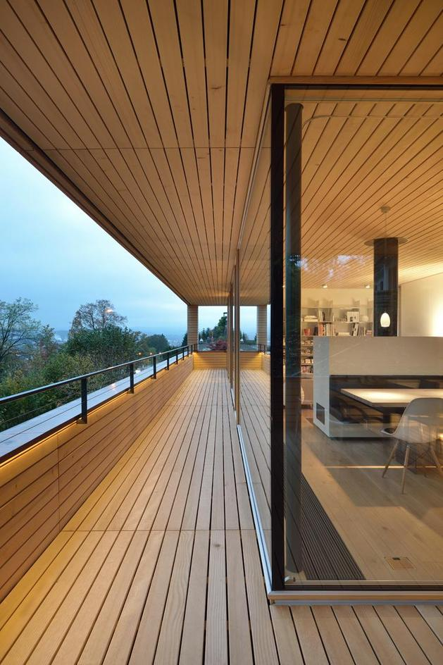 sustainable-geometric-house-rooftop-terrace-8-deck.jpg