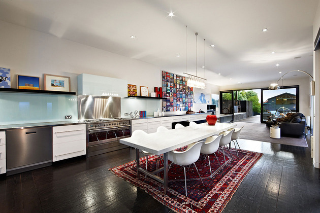 traditional-facade-hides-thoroughly-renovated-contemporary-residence-13-kitchen.jpg