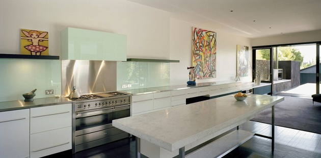 traditional-facade-hides-thoroughly-renovated-contemporary-residence-14-kitchen-close.jpg