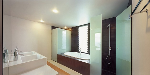 traditional-facade-hides-thoroughly-renovated-contemporary-residence-23-bathroom.jpg