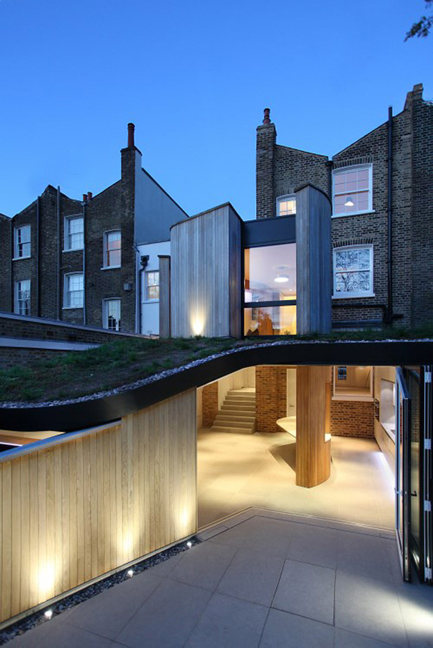 victorian home in london gets curvaceous bodacious extension  thumb 630x941 30026 Victorian Home in London Gets Curvaceous, Bodacious Extension