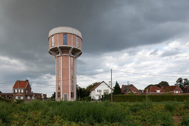 water tower converted private residence 1 outside day thumb 630x419 31145 Water Tower Converted to Private Residence