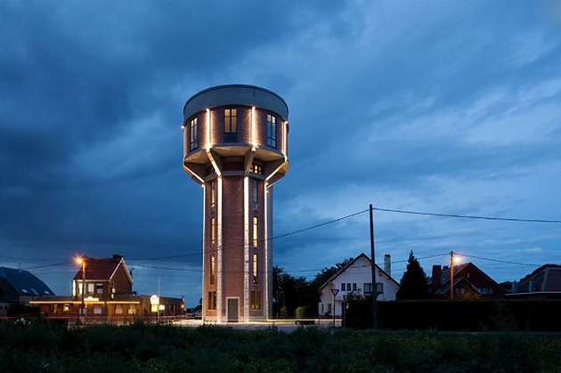 water-tower-converted-private-residence-17-tower-night.jpg