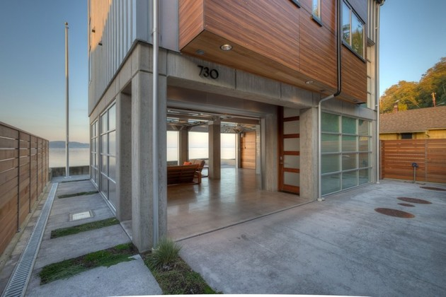 weather-proof-waterfront-house-5.jpg