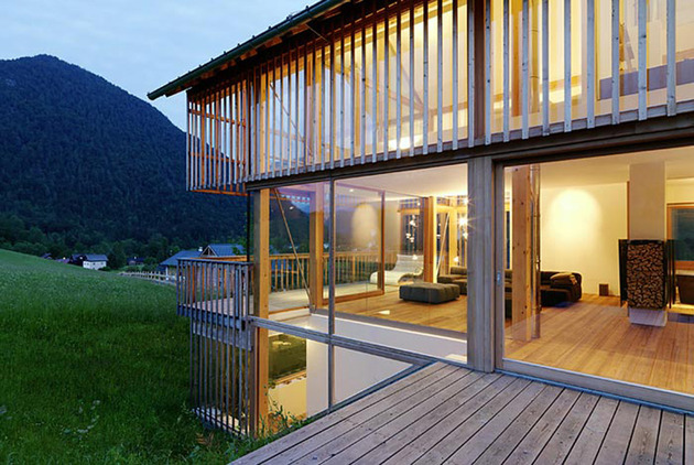 wood-and-glass-mountain-house-with-trio-of-terraces-11.jpg