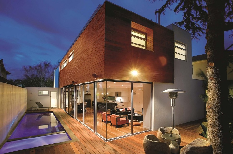 3 storey modern house with timeless design for Big modern house designs