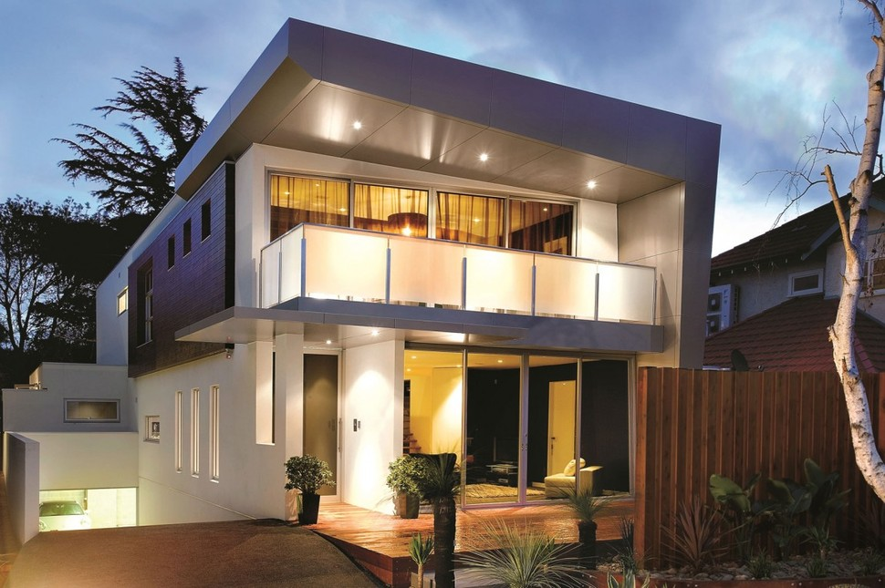 3 storey modern house with timeless design for Modern house 3