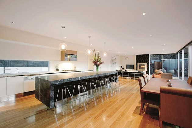 3-storey-modern-house-with-timess-design-7.jpg