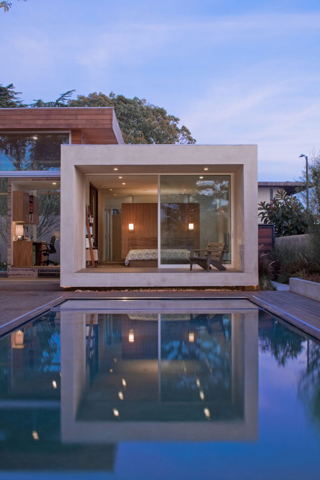 alfresco-california-home-with-rustic-wood-ceilings-10.jpg