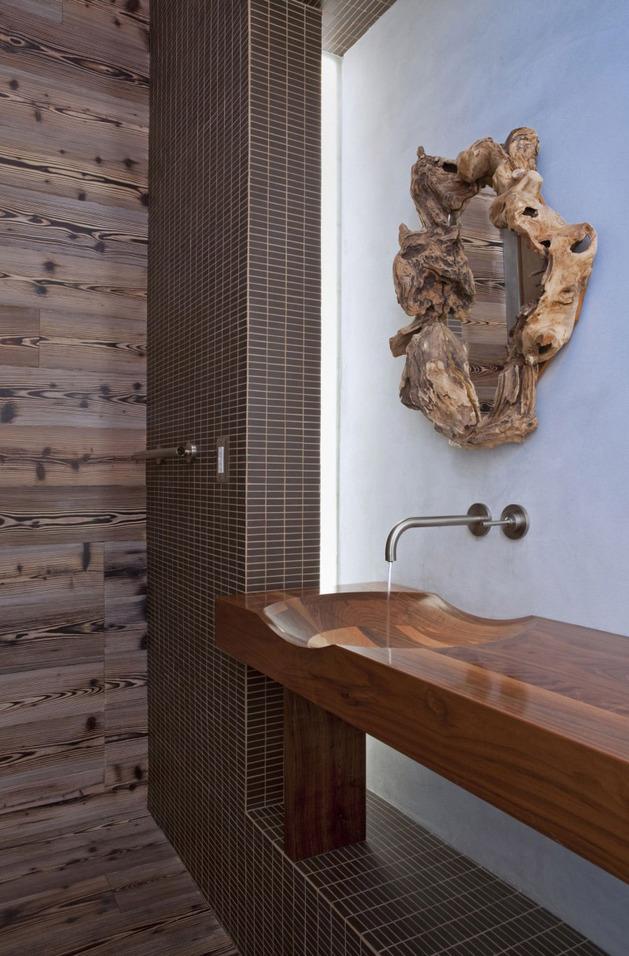 alfresco-california-home-with-rustic-wood-ceilings-8.jpg