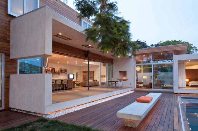 alfresco-california-home-with-rustic-wood-ceilings-9.jpg