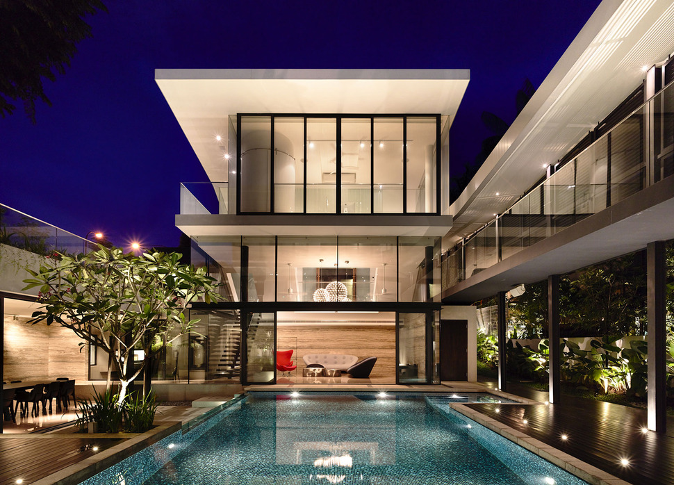 Beautiful house with courtyard swimming pool - Beautiful courtyard home designs ...