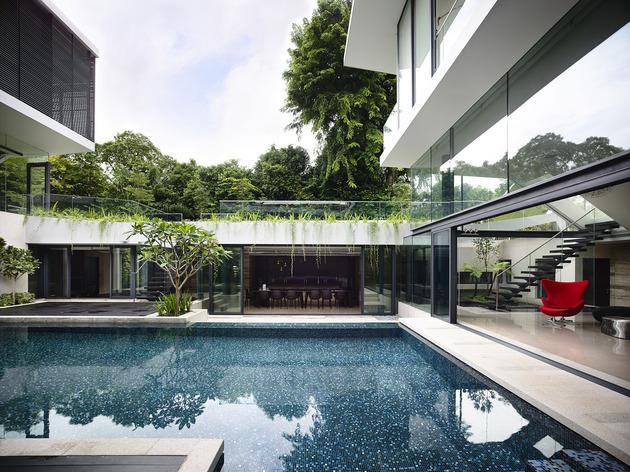 beautiful-house-courtyard-swimming-pool-9-pool.jpg