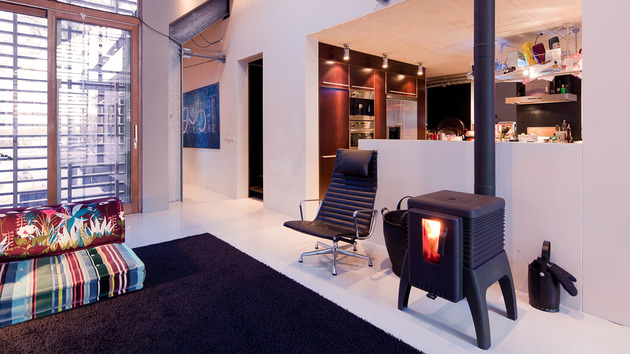 contemporary-reinterpretation-classic-barn-holland-18-fireplace.jpg