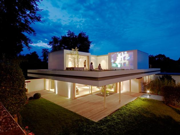 contemporary-renovation-and-additon-to-60's-bungalow-19.jpg