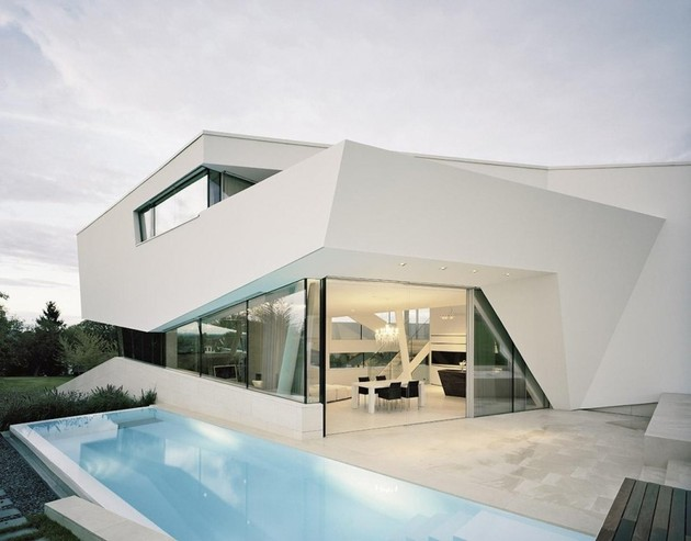 futuristic-home-with-multi-faceted-shape-and-minimalist-aesthetic-12.jpg