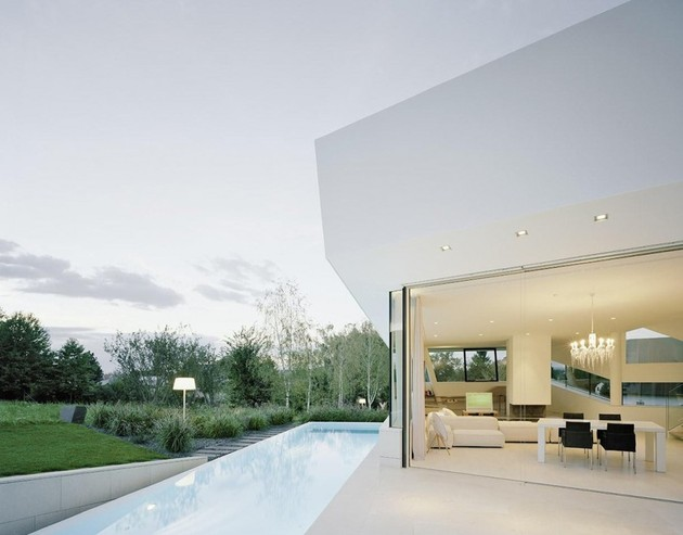 futuristic-home-with-multi-faceted-shape-and-minimalist-aesthetic-13.jpg