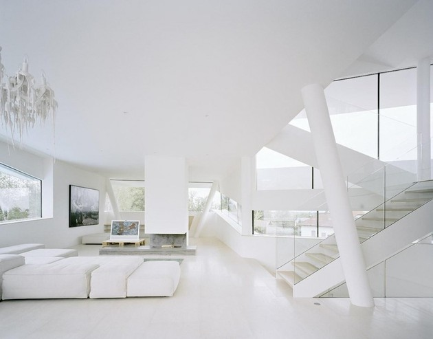 futuristic-home-with-multi-faceted-shape-and-minimalist-aesthetic-8.jpg