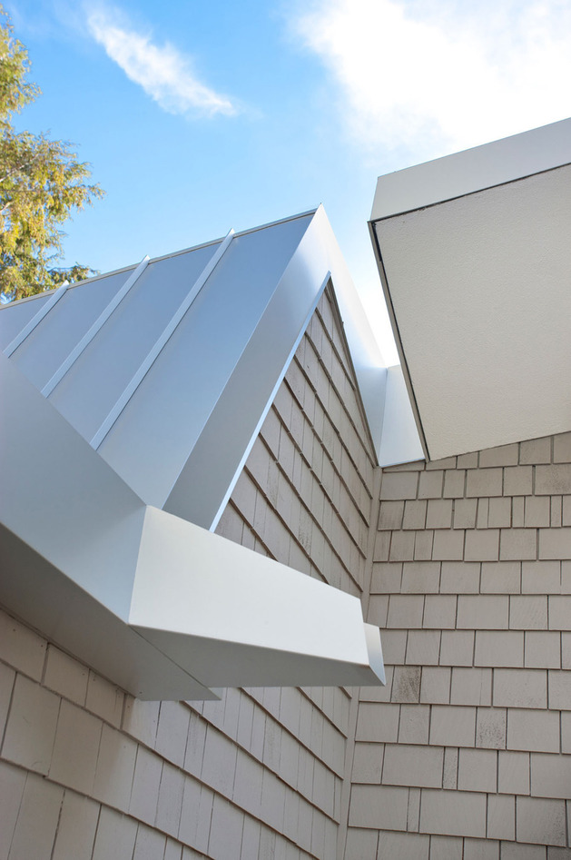 garden-house-with-lush-leafy-facade-5.jpg